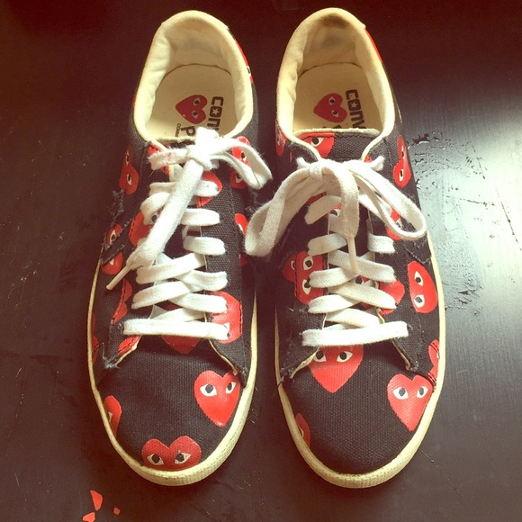 4efefd9b067aaa Comme des Garcons Shoes - 🍒 CDG Play Converse Pro Leather Low 🍒