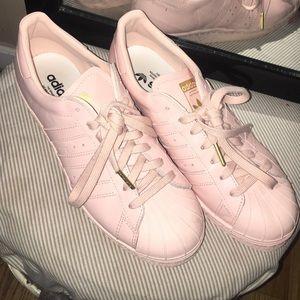 Adidas (selling through 🅿️🅿️) ship next day
