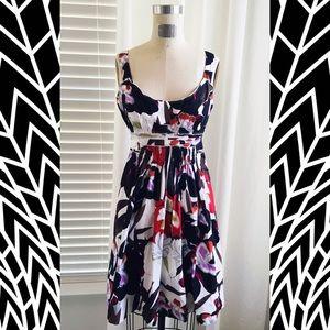 Sale! 6 Tahari 🎉HP🎉 red black garden party dress