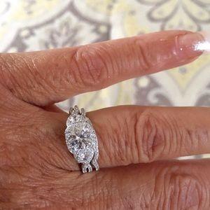 Jewelry - Professional quality simulated diamond/band set