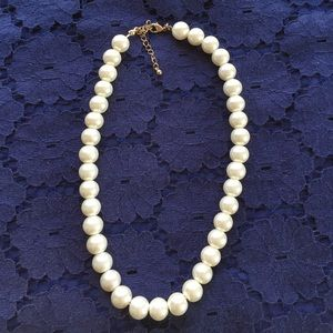 H&M Pearl Necklace