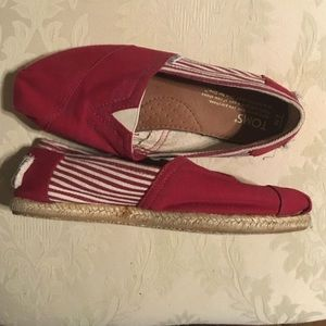 Red & White Toms