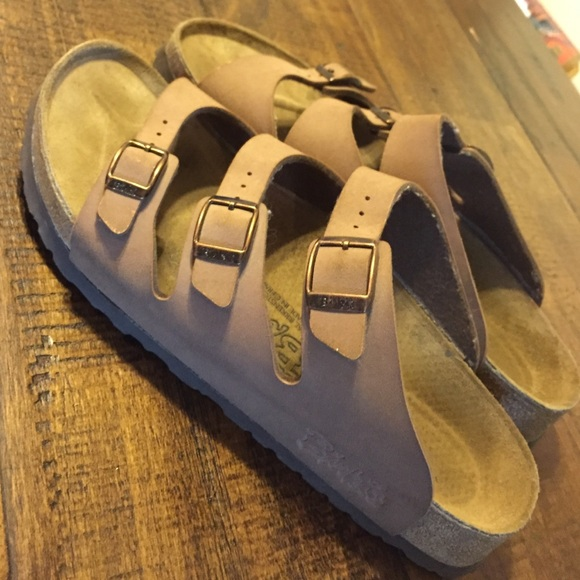 878ebfa8b9a Birkenstock Shoes - Birkenstocks- Florida Soft Footbed Mocha Birkibuc