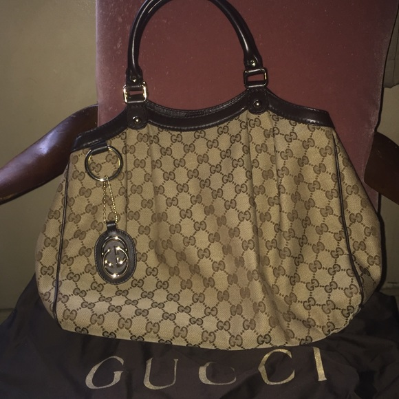 b6264cc1e775e1 Gucci Handbags - *SALE* AUTHENTIC Gucci never used with dust bag