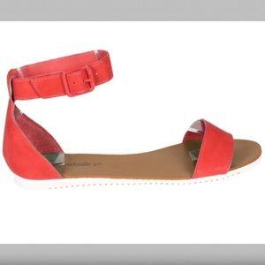 Breckelles Shoes - Simple, Pink Sandals!