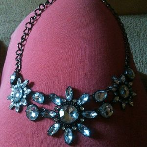 Mark by Avon Accessories - Chunky necklace
