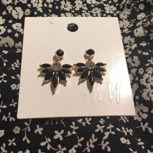 BRAND New H&M black and gold earrings