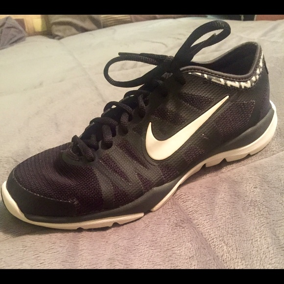 Retirada Solitario Melbourne  Nike Shoes   Nike Flex Supreme Tr 3 Womens Training Shoes   Poshmark