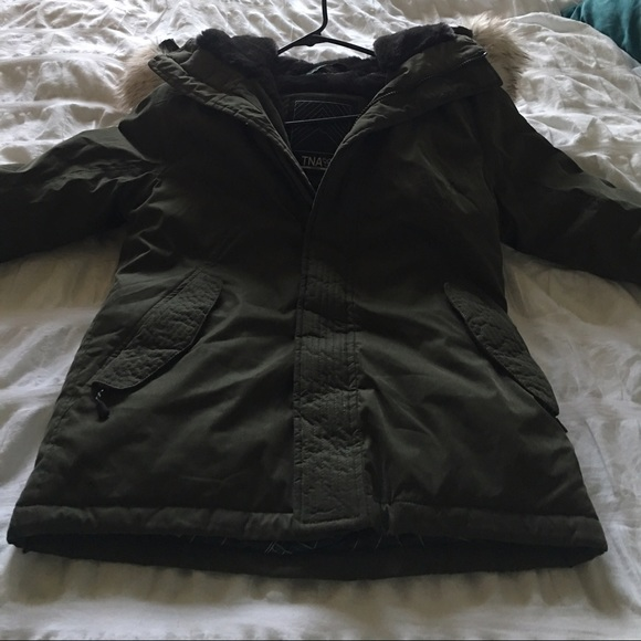 78% off Aritzia Jackets & Blazers - TNA Winter Coat Short from T's ...