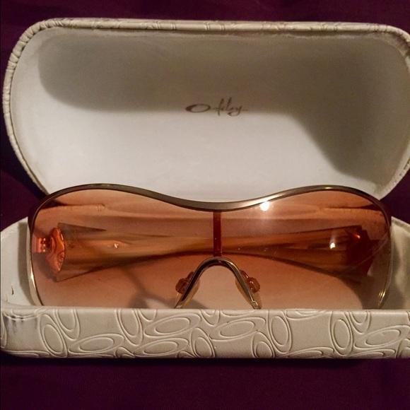 e5b04a42428 Oakley Breathless Women s Sunglasses. M 578713804225be5c3400e03e