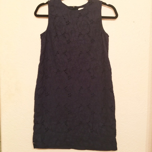 Gap navy embroidered floral eyelet dress from