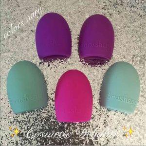 Other - 5 pcs brush cleaner eggs set