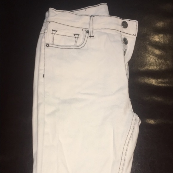 Urban Outfitters - BDG White Jeans with black outline from Jill's ...