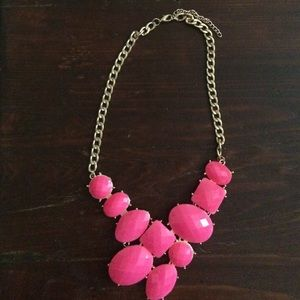 Jewelry - FREE🔥🔥Hot pink necklace