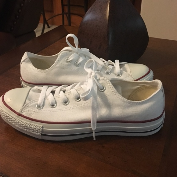 5337cb5f9bfa Converse Shoes - White converse. Size 9 in women