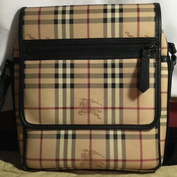 97b8c27c9b5e ️REDUCED PRICE‼️Authentic Burberry Messenger Bag