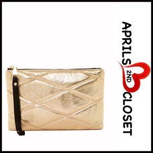 Urban Expressions Handbags - ❗️1-HOUR SALE❗️Gold Sparkle Wristlet Glam Clutch