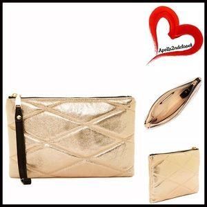 Urban Expressions Handbags - ❗️1-HOUR SALE❗️Gold Oversized Wristlet Clutch