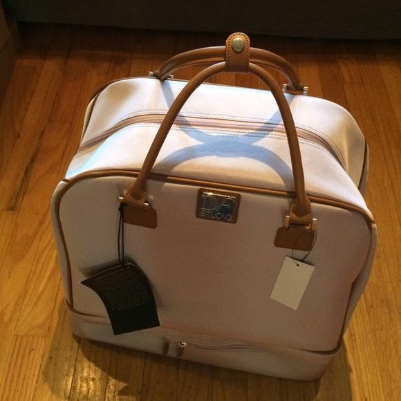 78% off Diane von Furstenberg Handbags - DVF labs dad large carry ...