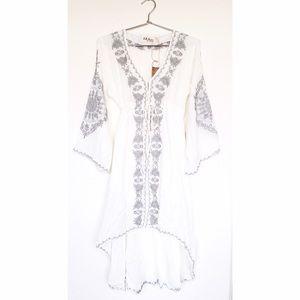 Unbranded Dresses & Skirts - Bohemian Style White/Gray Dress