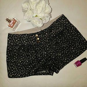 Pants - Last chance 💥💥 Lacey dressy shorts