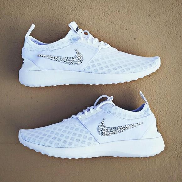 SWAROVSKI Crystal Bling Nike Juvenate - White 601d678d40