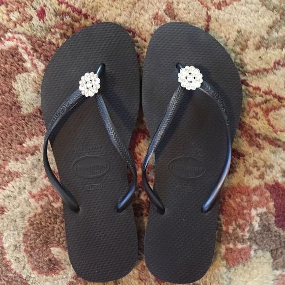 586206a36 Havaianas Shoes - Price reduction🎉Black Havainas flip flops