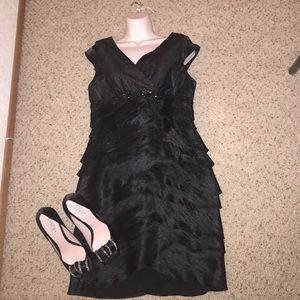 Jessica Howard Dresses & Skirts - Black layered dress