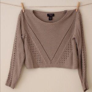 Beige crop top sweater