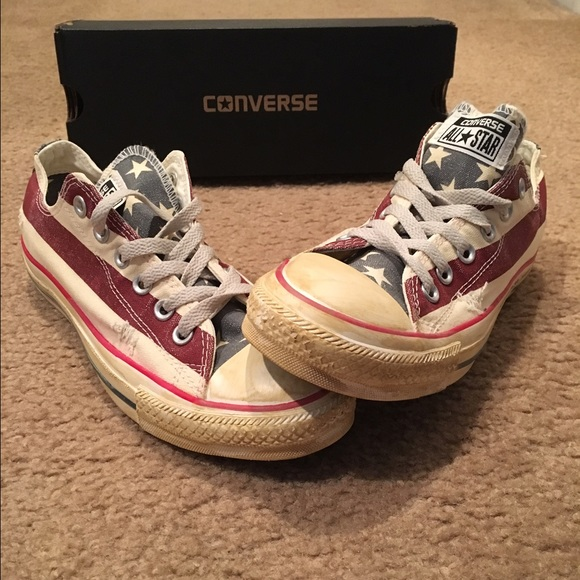 Converse Stars and Bars low tops d791919a4