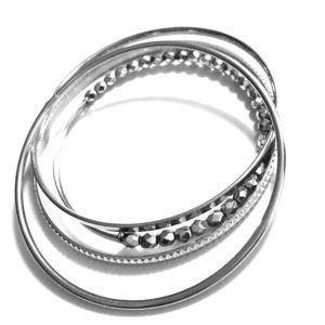 Jewelry - Stylish bangles