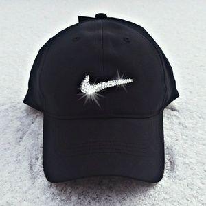 bb0d9bf1a11f4 Swarovski Bling Nike Swoosh Legacy Tech Golf Cap NWT