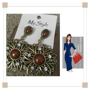 Jewelry - Antique Look Dangle Earrings