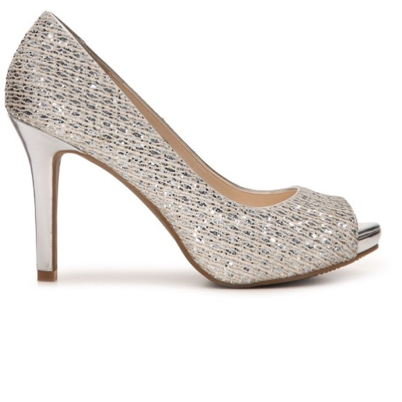 Audrey Brooke Shoes Pump Peep Toe