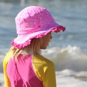 2Chillies Other - Pink/White Reversible Sun Hat
