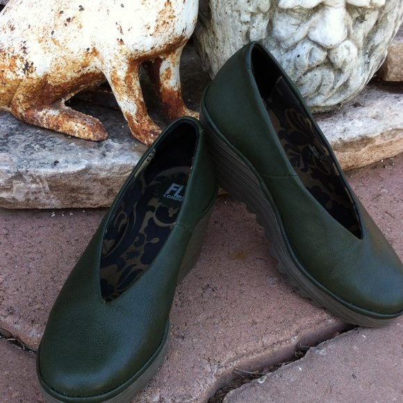 fly london shoes size 7