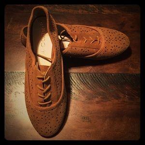 ALDO Shoes - NWOT ALDO Suede Oxfords