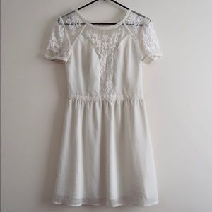 Used Off White Dress with Lace Detailing