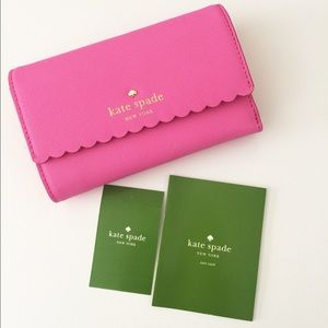 kate spade Handbags - NWT Kate Spade saffiano leather wallet