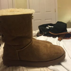 UGG Shoes - Chestnut low UGGS