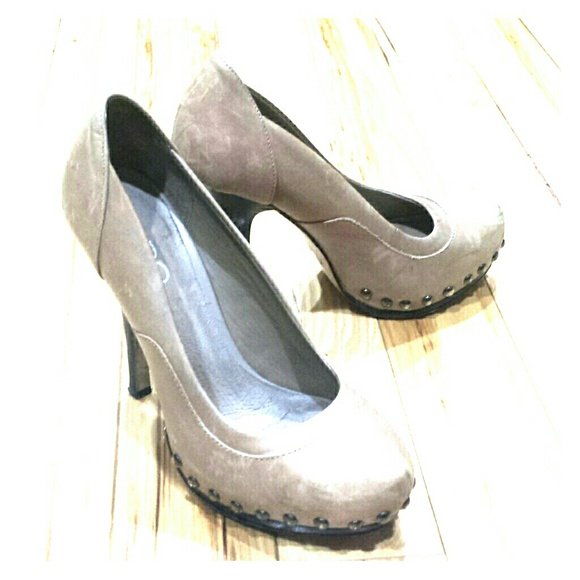 ALDO Shoes | Tan Heels Bullet Nail Head Size 37 Euro | Poshmark