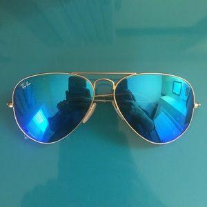 Ray-Ban Accessories - Ray Ban Blue Mirrored Aviators
