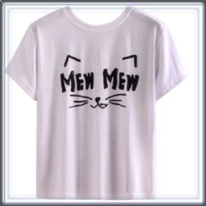 Tops - NWT Cat Statement graphic tee top
