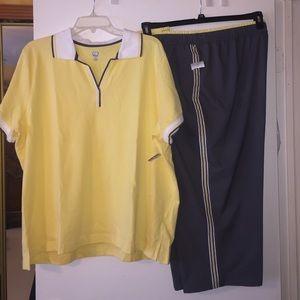 NWT St. John's Bay Woman's Activewear