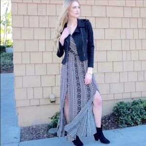 Relished Dresses & Skirts - NWT Spring into Summer Tribal slit zip up maxi!