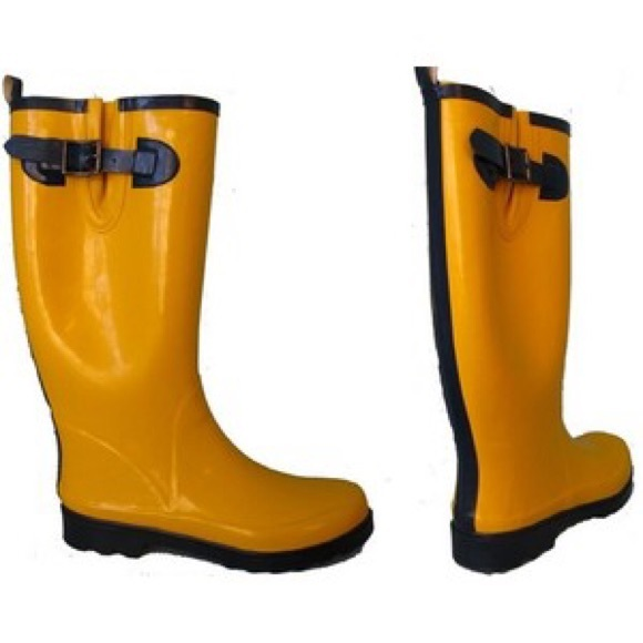 51% off GAP Shoes - Famous Yellow Gap Rain Boots ☔ from ! patty ...