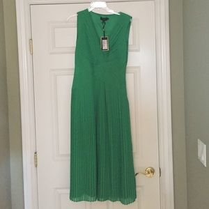 Ted Baker NEW dress with tags! Green! Size 8-10.