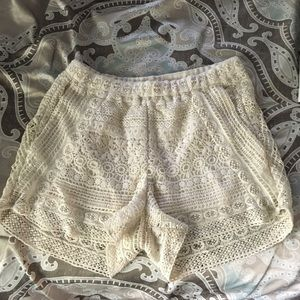 Lace design shorts with pockets NWOT