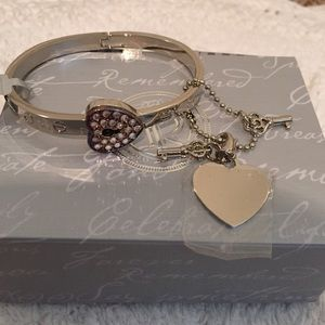 Jewelry - NWT engrave-able bracelet