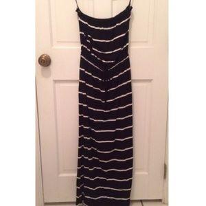 J. Crew Dresses & Skirts - J. Crew Black Maxi Dress